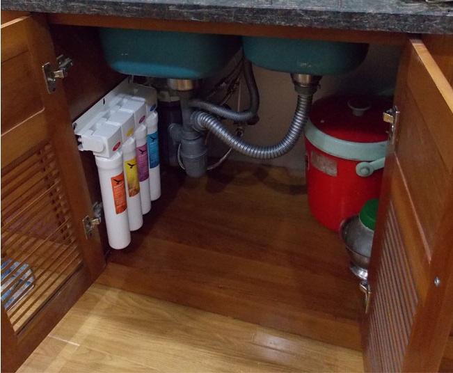 undercover filter za vodu ispod sudopere