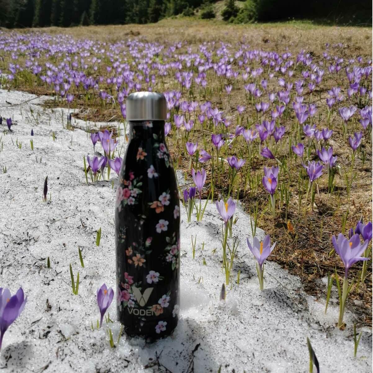 Voden flasica od nerdjajuceg celika cvetna